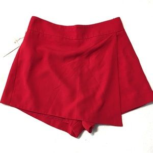 Pants - Forever 21 Contemporary Red Skort NWT Small